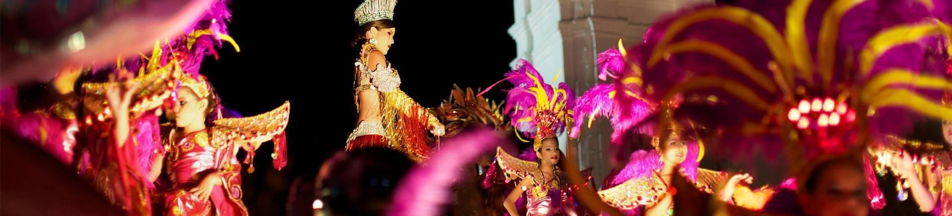 Farbenfroher Karneval