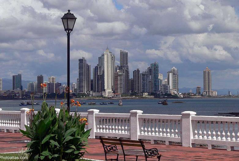 Panama Rundreise | Calzada de Amador, Panama City