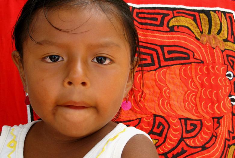 Panama Reisen | Kuna Mädchen