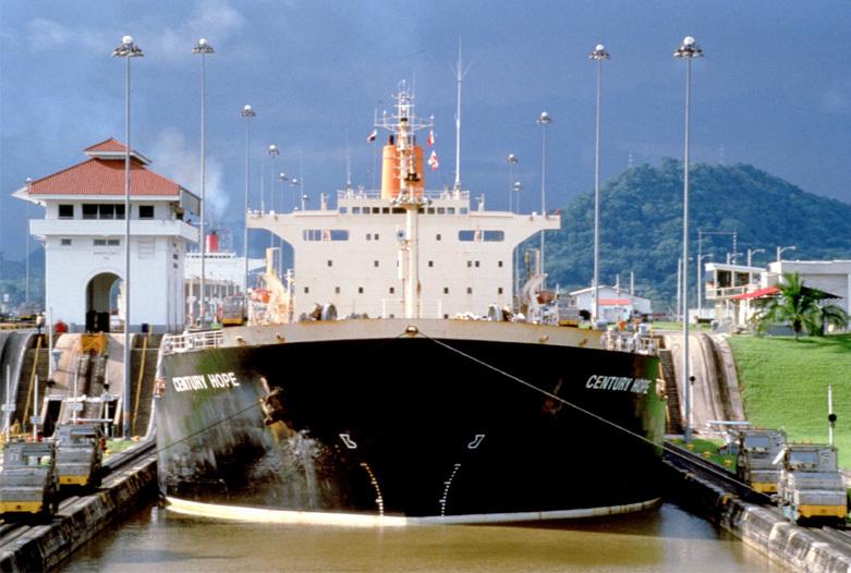 Panama Rundreise | Miraflores-Schleuse des Panamakanals
